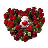 Flowers to India - Valentine Red Roses Heart Arrangement Flowers in India