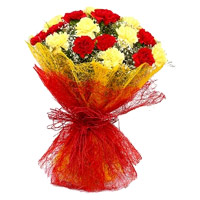 Send Red Yellow Carnation Bouquet 20 Flowers in India