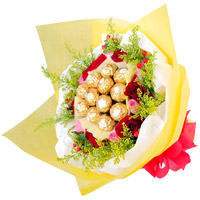 Diwali Gift Delivery in Jalandhar. 12 Red Pink Roses 16 Pcs Ferrero Rocher Bouquet