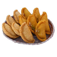 Best Diwali Gifts to India comprising 500 gm Gujiya as Diwali Sweets to India