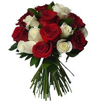 Online Flower Delivery in India on Diwali for your relatives, Red White Roses Bouquet 18 Flowers to India