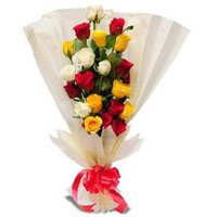 Place Order to send Mothers Day Flowers to India for your mother. Mix Roses Bouquet in Crepe Wrap 12 Flowers in India