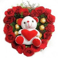 Send Valentine's Day Gifts to Anand. 18 Red Roses 5 Ferrero Rocher Teddy Heart to Anand
