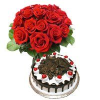 Birthday Gifts to Bhavnagar. 1/2 Kg Black Forest Cake 12 Red Roses Bouquet Delivery in Bhavnagar