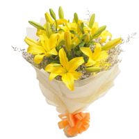 Flower Delivery to India including Yellow Lily Bouquet 7 Flower Stems
