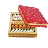 Mother's Day Gift Delivery in Ludhiana. 500 gm Assorted Sweets